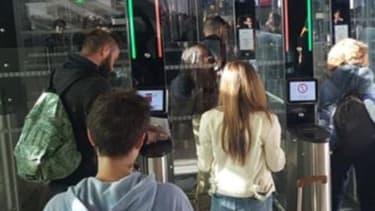 La reconnaissance faciale arrive dans les aéroports parisiens