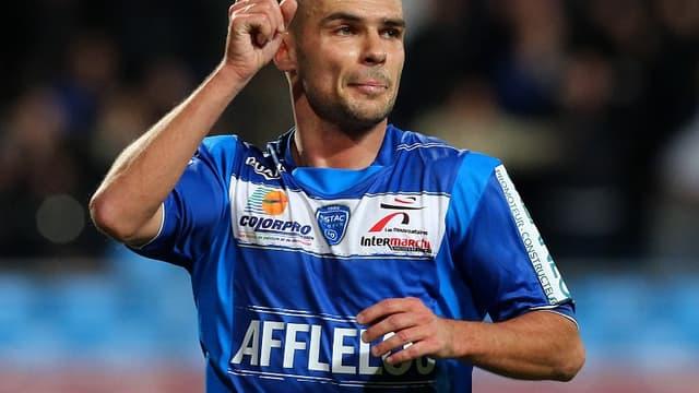 Benjamin Nivet offre la victoire à Troyes contre Brest (1-0)