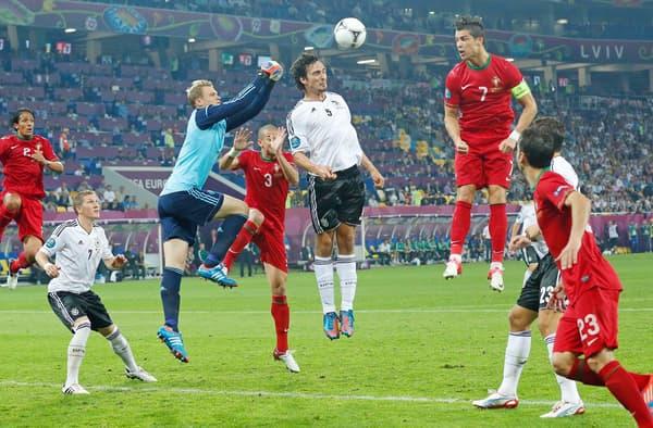 Cristiano Ronaldo contre l'Allemagne lors de l'Euro 2012