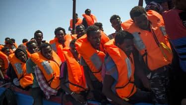 Migrants secourus par l'Aquarius au large des côtes libyennes le 2 août 2017
