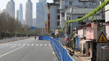 Une rue déserte de Wuhan - Image d'illustration