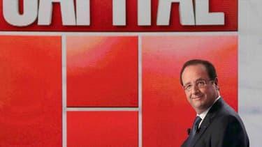 """""""Tout est fait"""" pour inverser la courbe du chômage en 2013, a déclaré dimanche sur M6 François Hollande, qui a promis d'assumer la responsabilité d'un éventuel échec sur cet objectif. /Photo prise le 16 juin 2013/REUTERS/Jacques Demarthon/Pool"""