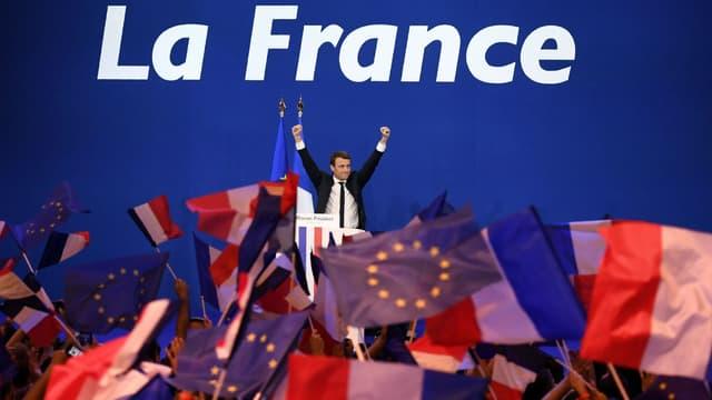Emmanuel Macron le 23 avril 2017 à Paris, au Parc des expositions de la porte de Versailles