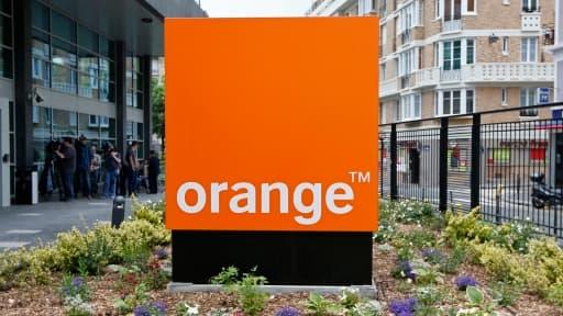 Chez Orange, la moyenne d'âge des salariés est d'environ 48 ans.