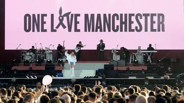 Miley Cyrus sur scène pendant le concert de charité à Manchester, le 4 juin 2017