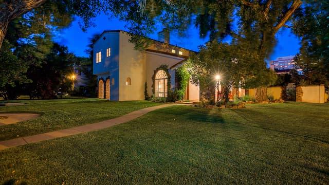 """La maison utilisée par Jesse Pinkman dans la série à succès """"Breaking Bad"""" est désormais offerte à la vente."""