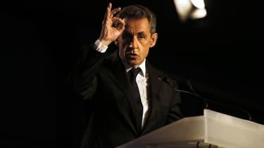 """Nicolas Sarkozy veut notamment supprimer l'ISF, jugeant que la France est """"écrasée d'impôts""""."""