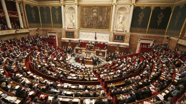 Un changement constitutionnel n'oblige plus le président à consulter l'Assemblée nationale depuis 2008.