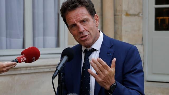 Geoffroy Roux de Bézieux veut un changement de nom.