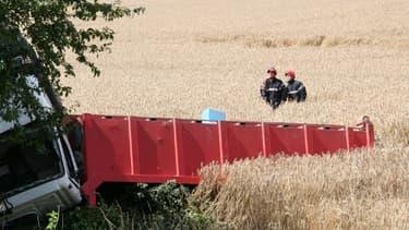 Un poids-lourds a écrasé une voiture dans la Meuse, tuant ses cinq occupants, dont trois enfants.