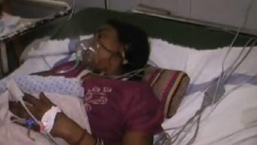 En Inde, 83 femmes ont été stérilisées en 5 heures. Treize d'entre elles sont mortes et des dizaines ont été hospitalisées.