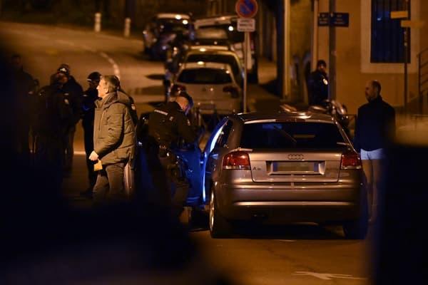 L'Audi A3 de Nordahl Lelandais lors d'une reconstitution du meurtre à Chambéry, le 21 mars 2019.