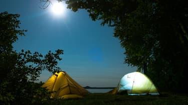 Une poignée de gérants de camping continue de miser sur le rapport à l'humain, à la nature, à la vie.