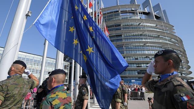 La création d'une force européenne de réaction rapide de 5000 militaires est en discussion depuis plusieurs mois