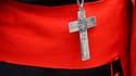 Mercredi, le Vatican avait ordonné aux cardinaux réunis en congrégations générales de ne plus parler aux médias concernant la date du conclave.