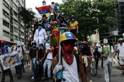 Manifestation d'opposants au président vénézuélien Nicolas Maduro, le 22 mai 2017 à Caracas