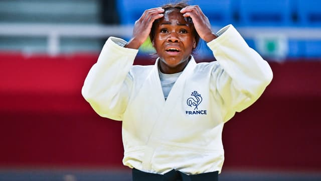 Les larmes et l'immense joie de Clarisse Agbégnénou après son titre olympique