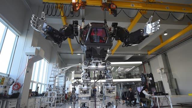 L'usage des robots se répand dans la société. La députée européenne Mady Delvaux veut légiférer pour qu'ils ne pénalisent pas les humains.