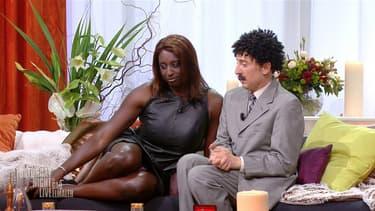 Ahmed Sylla et Gad Elmaleh dans le sketch du SNL sur M6.