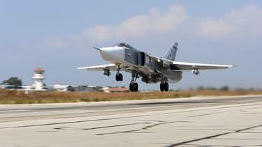 Un avion russe Sukhoi Su-24, du même modèle que celui abattu par la Turquie ce mardi 24 novembre.