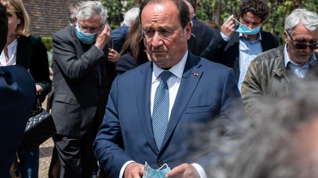 François Hollande au Creusot le 9 mai 2021, pour le 40e anniversaire de l'élection de François Mitterrand.