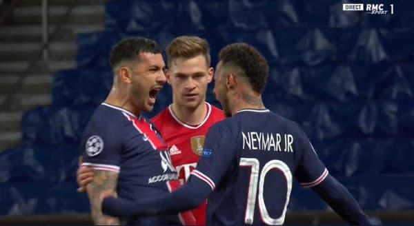 Neymar et Paredes fêtent la qualification face au Bayern