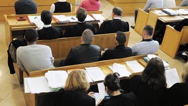 Une partie des dix-huit accusés de la tuerie de Millau, le 30 septembre dernier.