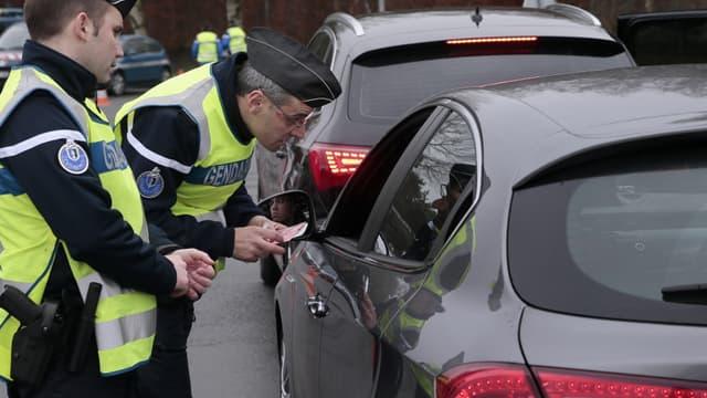 Pour lutter contre les vols de voiture, Bernard Cazeneuve a annoncé le lancement d'opérations de sécurisation ciblées.