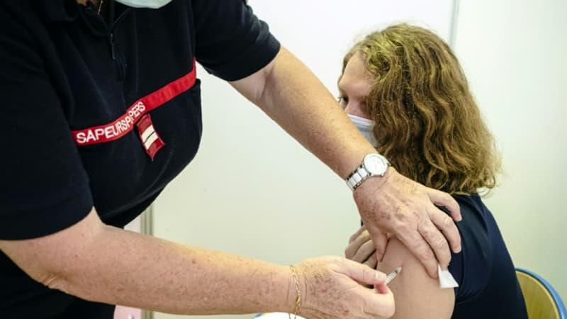 Pass sanitaire: les attestations de vaccination désormais certifiées et compatibles avec TousAntiCovid