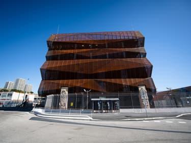Baptisé MRS3 (troisième centre de données d'Interxion à Marseille), le data center de 16,5 mégawatts et de 7.000m² d'espaces informatiques, a été en partie mis en service le 1er juillet,