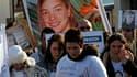 """Plus d'un millier de personnes ont pris part samedi après-midi à une """"marche blanche"""" à La Bernerie-en-Retz (Loire-Atlantique), près de Pornic, en mémoire d'une adolescente disparue, Laëtitia, dont le corps n'a toujours pas été retrouvé. /Photo prise le 2"""