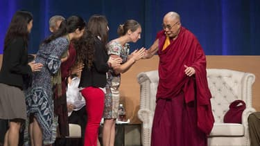 Le dalaï-lama reçoit des fidèles dans le monde entier.