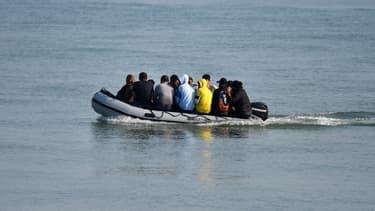 Embarcation transportant des migrants (illustration)