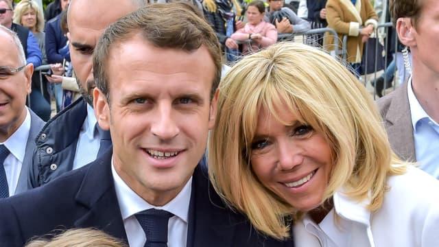 Brigitte et Emmanuel Macron lors d'un déplacement au Touquet en mai 2019