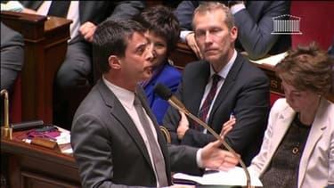 Le ministre de l'Intérieur, Manuel Valls, à l'Assemblée nationale le 23 avril 2013.