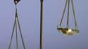 La question de la récidive criminelle sera de nouveau dans l'actualité mercredi avec l'ouverture du procès d'un homme accusé du meurtre d'une joggeuse en région parisienne en 2009, quelques mois après sa sortie de prison. /Photo d'archives/REUTERS/Éric Ga