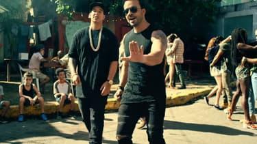 """Luis Fonsi et Daddy Yankee dans le clip de """"Despacito"""""""