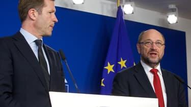 Paul Magnette (à gauche), le ministre-président de la Wallonie, refuse toujours de donner son accord au Ceta.