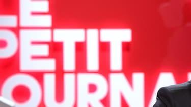 Yann Barthès sur le plateau du Petit Journal sur Canal+, qu'il a quitté en juillet 2016 pour rejoindre TF1.
