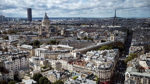 Entre 82,5 et 83 millions de touristes étrangers ont visité la France en 2016.