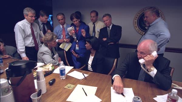 Condoleezza Rice et Dick Cheney avec leurs conseillers.