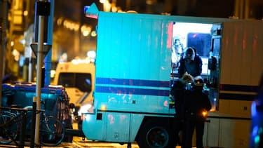 Un pistolet 22 long rifle a été retrouvé au domicile du tireur présumé