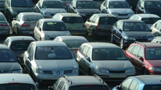 Renault et sa marque low cost Dacia ont fait un carton sur le premier semestre 2014.