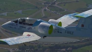L'e-Fan, appareil électrique d'Airbus a réussi sa traversée de la Manche