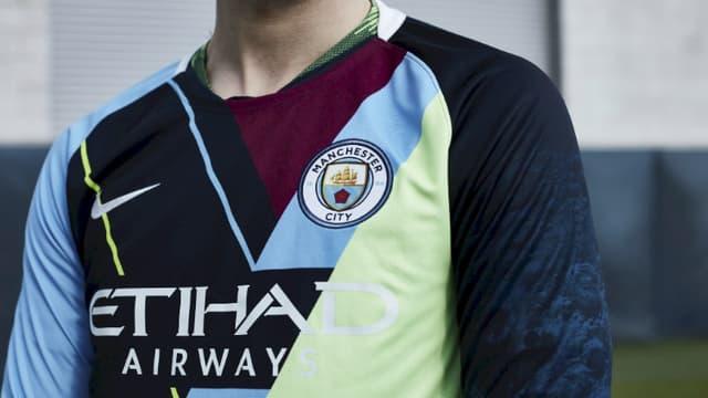 Le maillot d'adieu de Nike à Manchester City.
