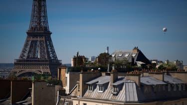 Les toits de Paris le 7 mai 2020.