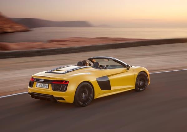 Le jaune poussin ne plaira pas à tout le monde. En même temps, la R8 Spyder n'est pas faite pour passer inaperçue.