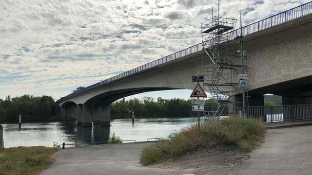 Le pont de Givors, sur l'A47, entre Lyon et Saint-Etienne.