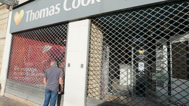 Le voyagiste britannique Thomas Cook a brutalement fait faillite lundi, contraignant les autorités à lancer immédiatement le rapatriement de quelque 600.000 vacanciers
