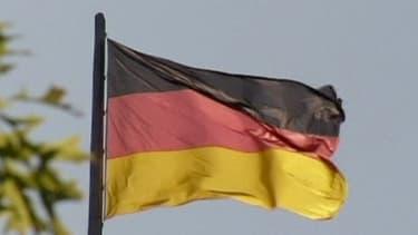 L'excédent commercial allemand est de 200 milliards d'euros en 2013.